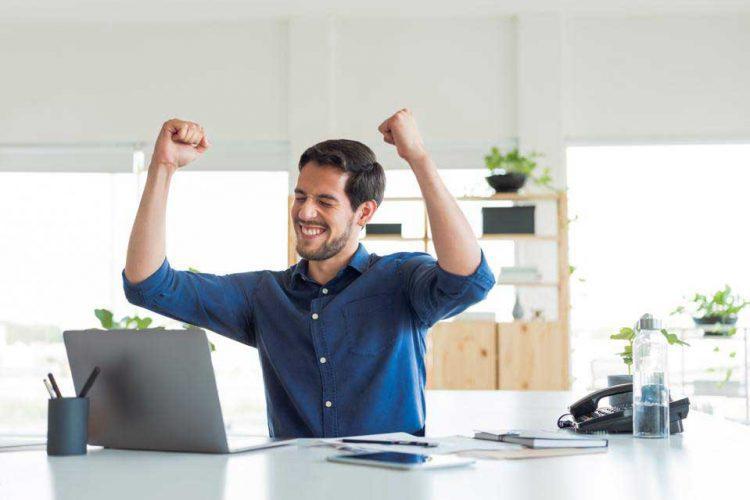 تشویق برای موفقیت شغلی