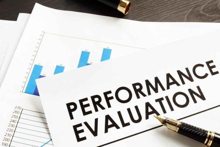 سیستم مدیریت و ارزیابی عملکرد